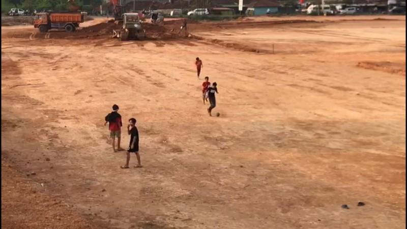 Lahan Pembangunan Plaza Living Jadi Tempat Bermain Anak