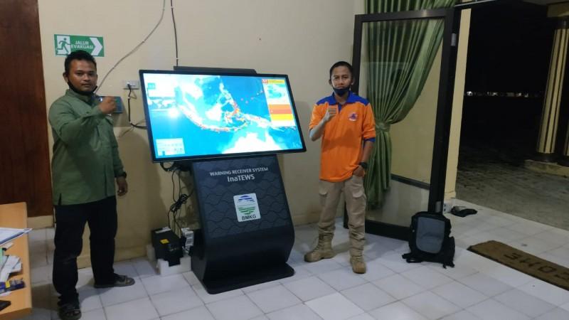 Lambar Dapat Bantuan Alat Pendeteksi Gempa