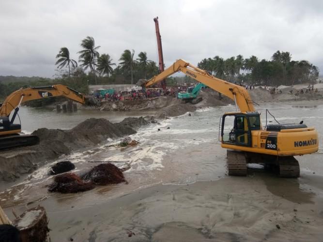 LAMPOST TV:Banjir, Jalinpanbar Putus, Kendaraan Terjebak Macet