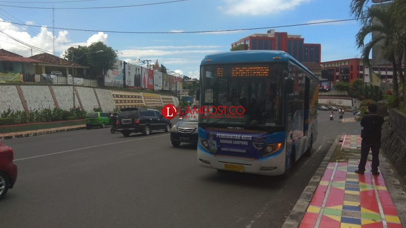LAMPOST TV:Bus Trans Rute Beroperasi,Tarif Rp 2 Ribu