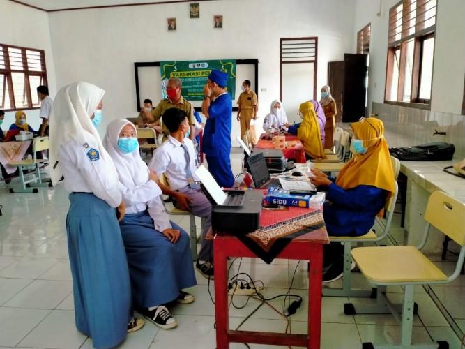 Lampung Tambah Vaksinator Kejar Herd Immunity