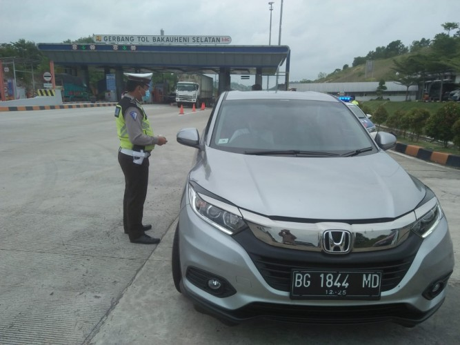 Langgar Batas Kecepatan di Tol, Lima Pengemudi Ditilang