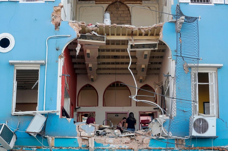 Lebih dari 60 Orang Masih Hilang usai Ledakan Beirut