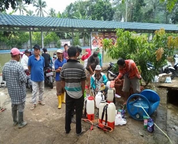 Lima Dusun di Desa Kekiling Disemprot Disinfektan