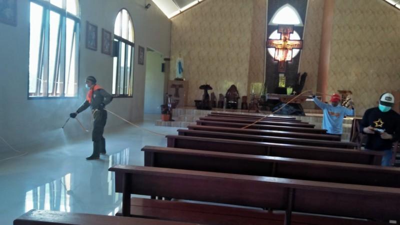 Lima Gereja di Liwa Disterilisasi Untuk Cegah Penyebaran Covid-19