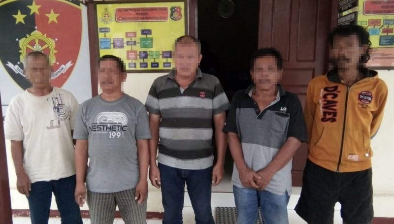 Lima Penjudi di Lapo Tuak Ditangkap Polisi