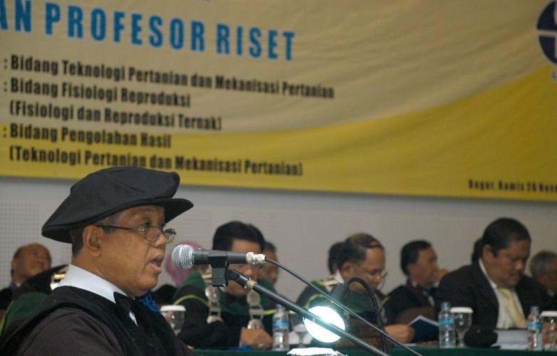LIPI Kukuhkan Tiga Profesor Riset Baru