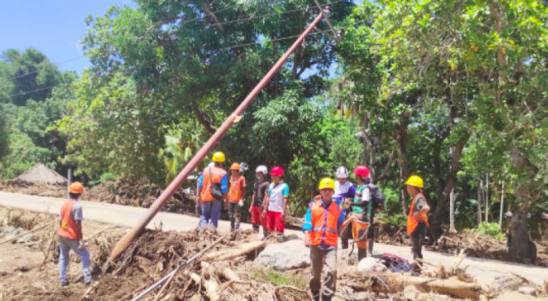 Listrik di Desa Terdampak Banjir di Adonara Belum Pulih