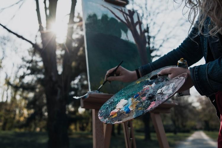 Lukisan Senilai APBD