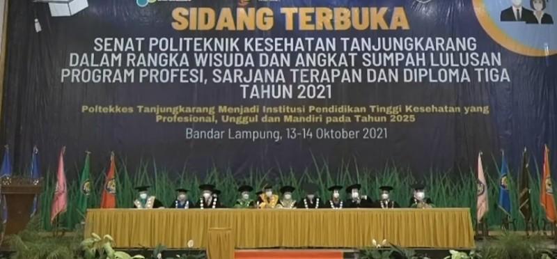 Lulusan Poltekkes Tanjungkarang Harus Jadi Teladan Penerapan Prokes Covid-19