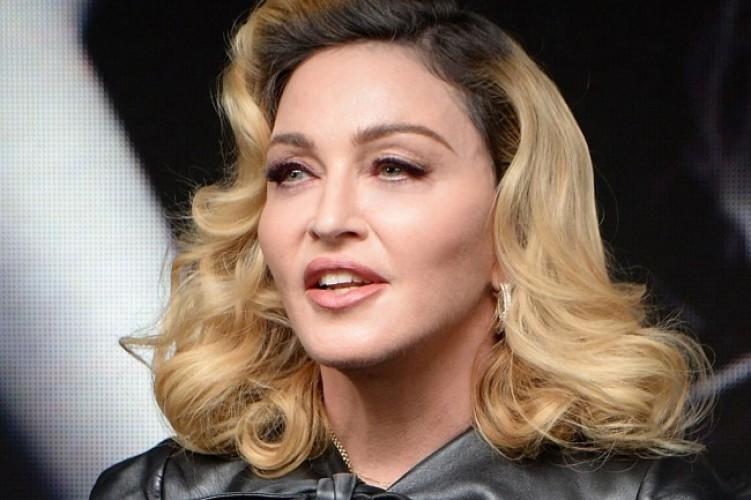 Madonna Garap Album Baru