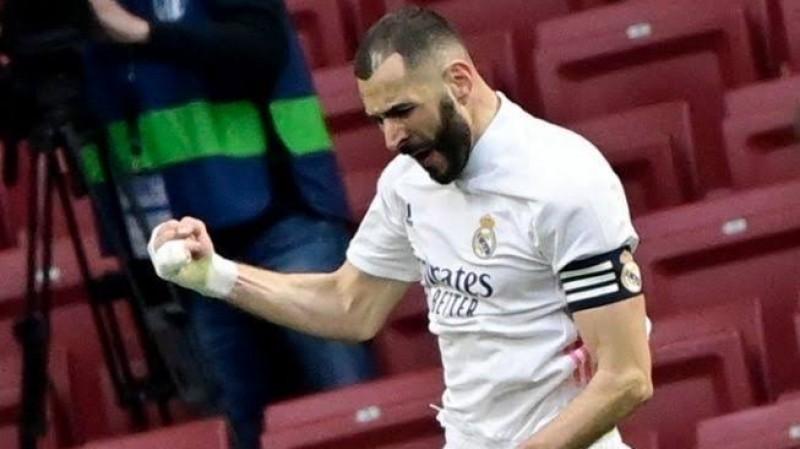 Madrid Perpanjang Dua Tahun Kontrak Benzema