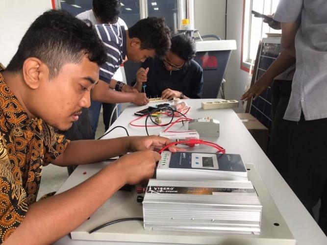 Mahasiswa Rancang Pengering Ikan Asin Tenaga Surya