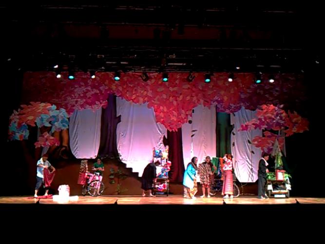 Mahasiswa UML Sampaikan Pesan Moral lewat Teater