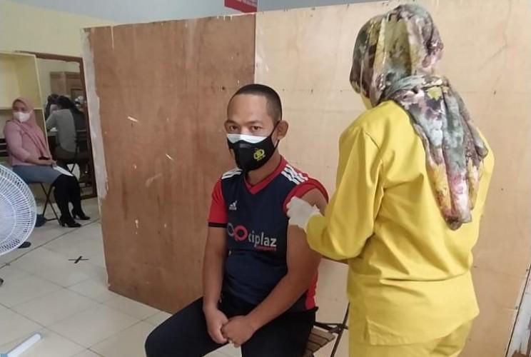 Mal di Rajabasa Gelar Vaksinasi untuk 173 Karyawan