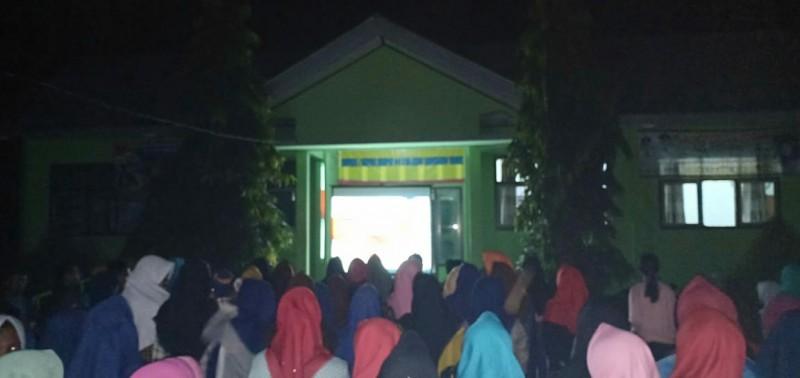 Malam Ini, Siswa siswi SMPN 04 Tulangbawang Udik Nobar Film G30S/PKI