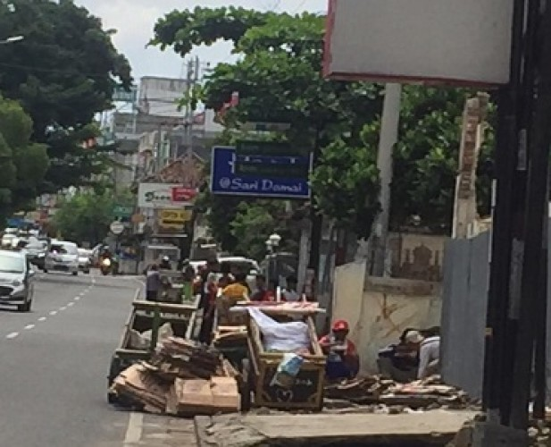 Manusia Gerobak Kembali Berkeliaran di Jalanan Bandar Lampung