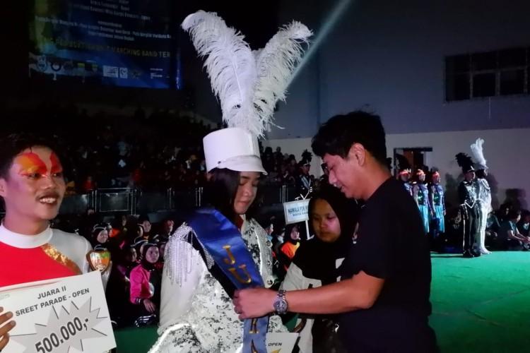 Marching Band Lampung Raih Juara Umum Kejuaraan Nasional di Bandung
