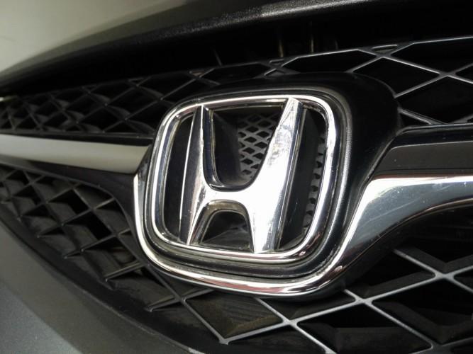 Masalah Airbag, Honda Tarik Freed dan Jazz di Indonesia