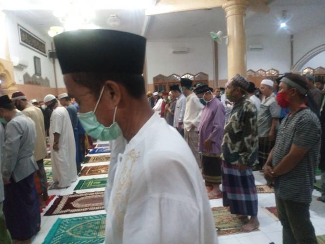 Masjid di Bandar Lampung Masih Jalankan Salat Tarawih