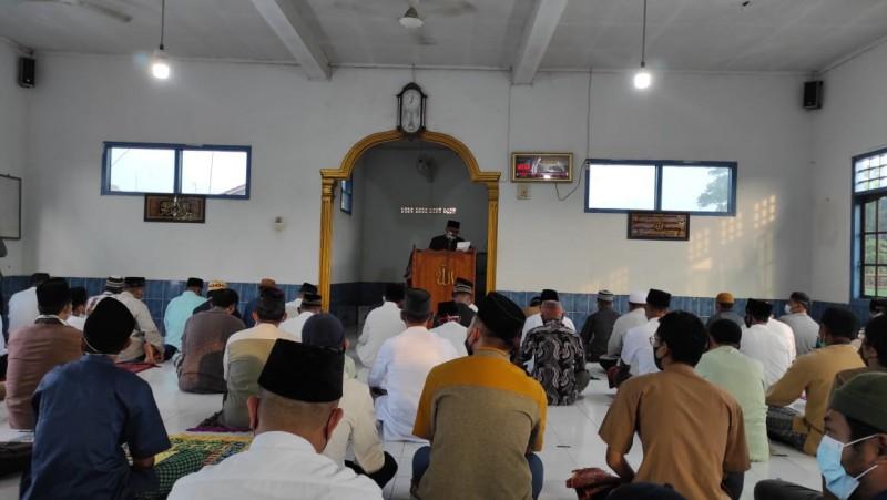 Masjid Negararatu Gelar Salat Id dengan Prokes Ketat