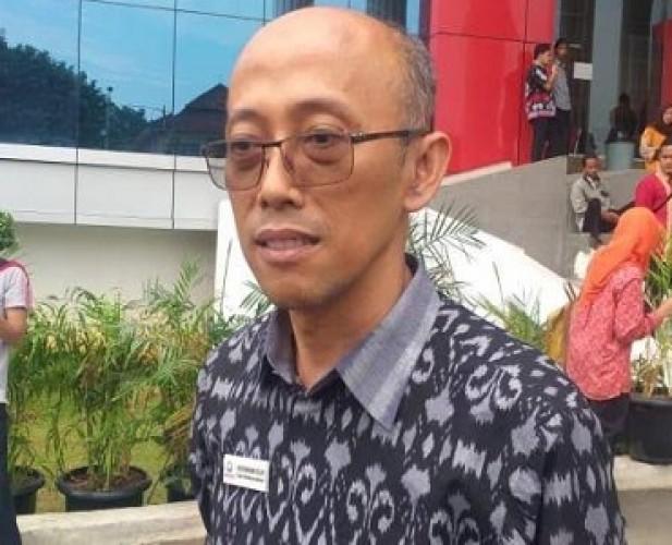 Masyarakat Banjiri Kantor Ombudsman Adukan Pungutan di Sekolah