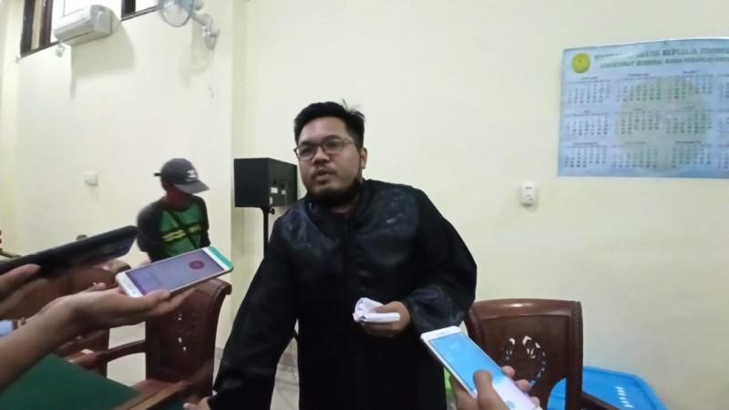 Maya Metissa Sakit, Sidang Korupsi Dana BOK Lampura Ditunda