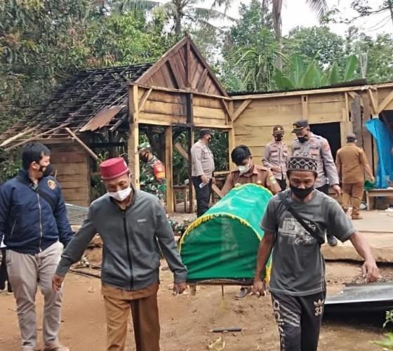 Mayat Petani Ditemukan Membusuk di Air Naningan Tanggamus
