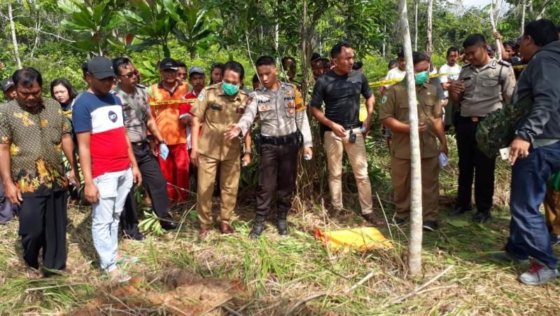 Mayat Wanita Dikubur di Kebun Karet Diduga Korban Pemerkosaan