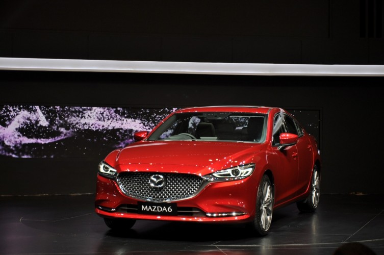 Mazda Jual 1.079 Unit di GIIAS 2018