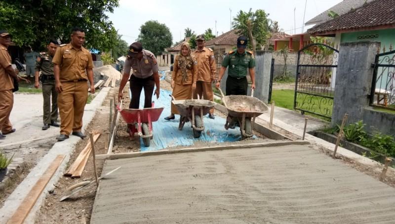 Mekarmulya Lanjutkan Pembangunan Infrastruktur