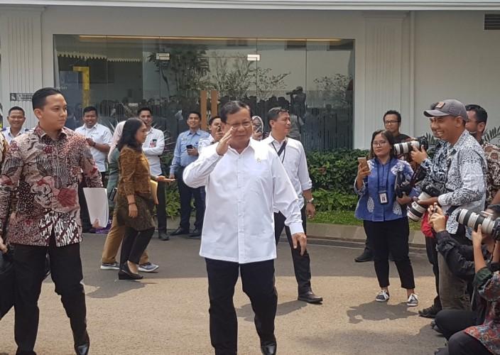 Menhan Prabowo Hadiri Sidang Perdana Kabinet