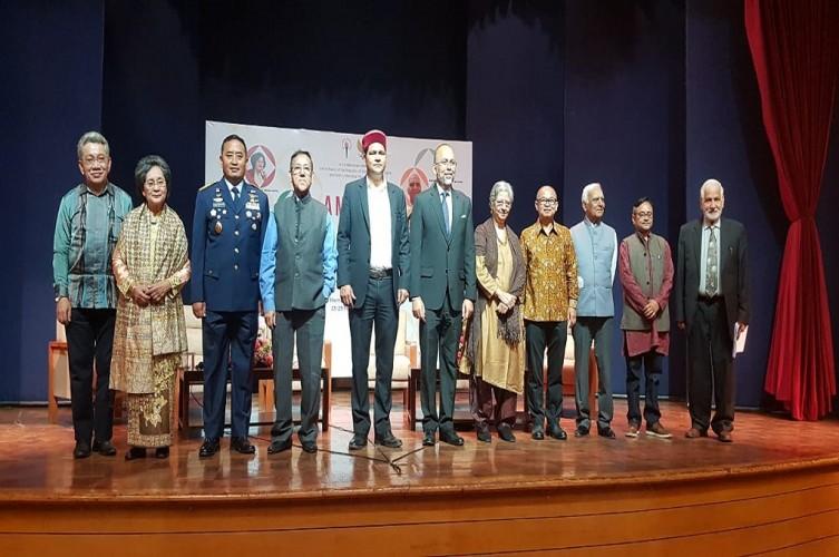 Menolak Lupa Sejarah Persahabatan Indonesia-India