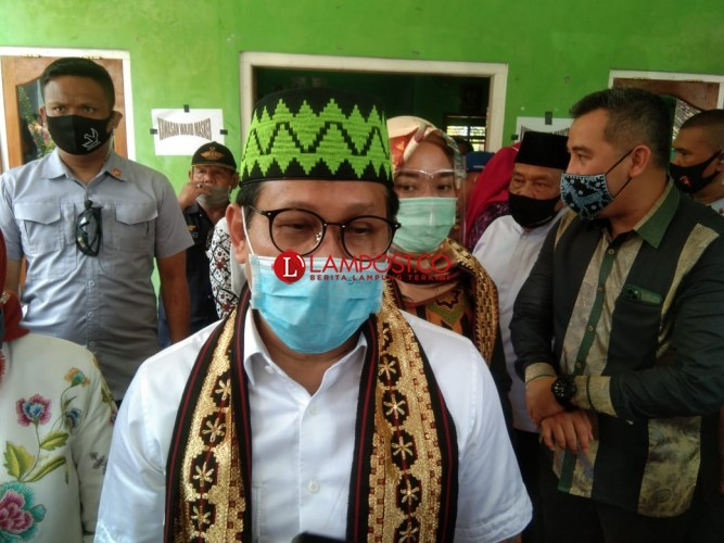 Menteri Desa Janji Bahas Keluhan RT di Pesawaran