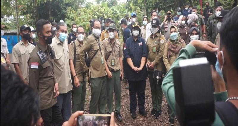 Menteri LHK Sambangi Mapolres Lamsel soal Penyelundupan Orang Utan