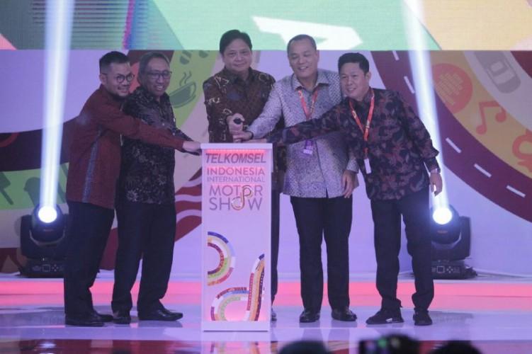 Menteri Perindustrian Resmi Buka IIMS 2019