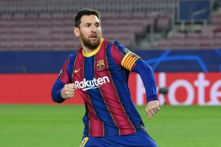 Messi Beri 'Kode Keras' Bertahan di Barcelona