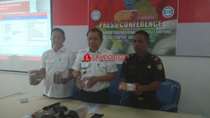 Miskinkan Bandar Narkoba, BNNP Sita Uang Rp1,2 M dan Aset Milik Tersangka