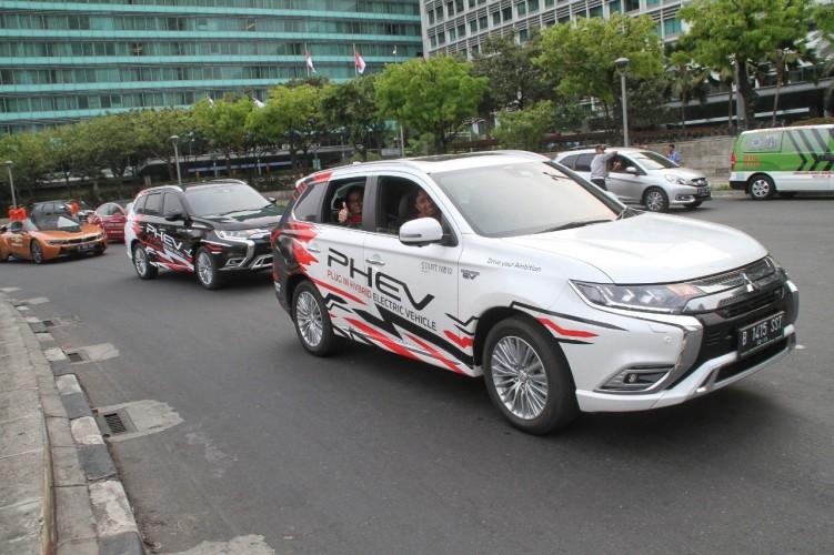 Mitsubishi Gencar Sosialisasikan Mobil Listrik