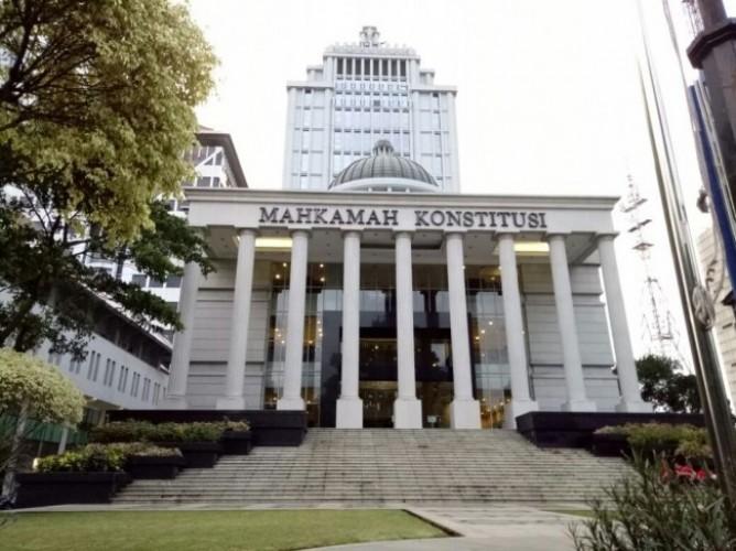 MK Mesti Bebas Belenggu Politik Terkait Proses Gugatan UU Ciptaker