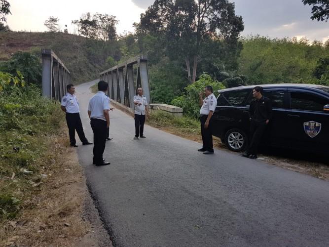 Mobil Batubara Nekat Melintas di Jalan Poros Way Kanan akan Dikandangkan