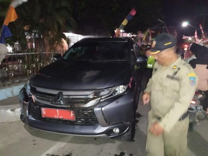 Mobil Bupati Tegal Dibom Orang Tak Dikenal