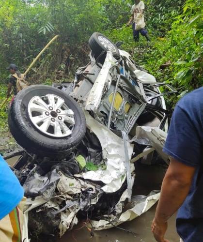 Mobil Masuk Jurang di Malang, Dua Penumpang Tewas