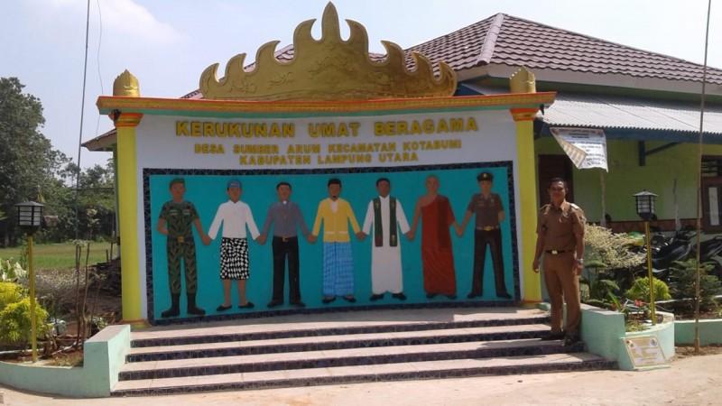 Monumen Kerukunan Umat BeragamaSimbol Toleransi Agama di Desa Sumber Arum