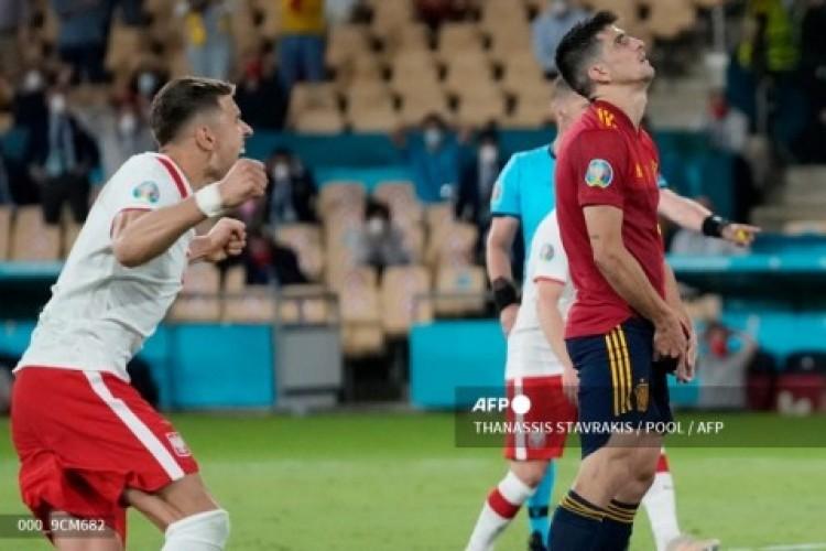 Moreno Gagal Penalti, Polandia Tahan Imbang Spanyol