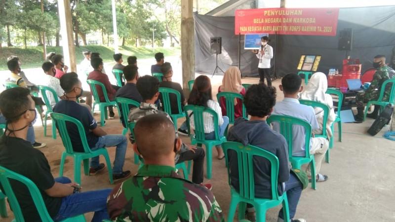 Muda Mudi Ikuti Penyuluhan Bahaya Narkoba di Markas Yonif 9 Marinir