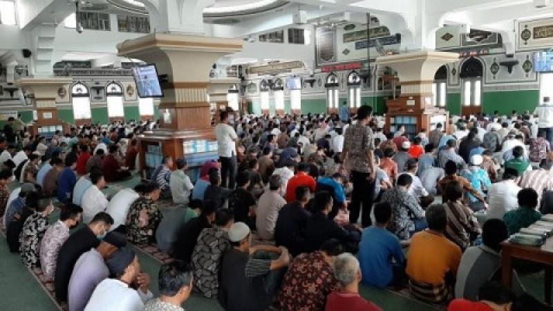 MUI Jakarta Tak Persoalkan Salat Jumat Dua Gelombang