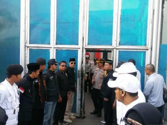 Mulan Jameela Sambut Kebebasan Ahmad Dhani di Rutan Cipinang