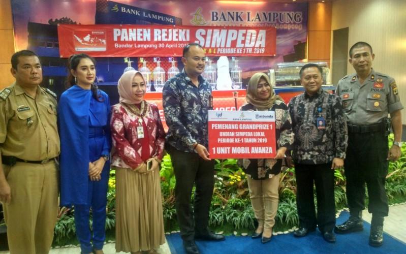 Nabung di Bank Lampung, Nasabah KCP Telukbetung Selatan Raih Avanza