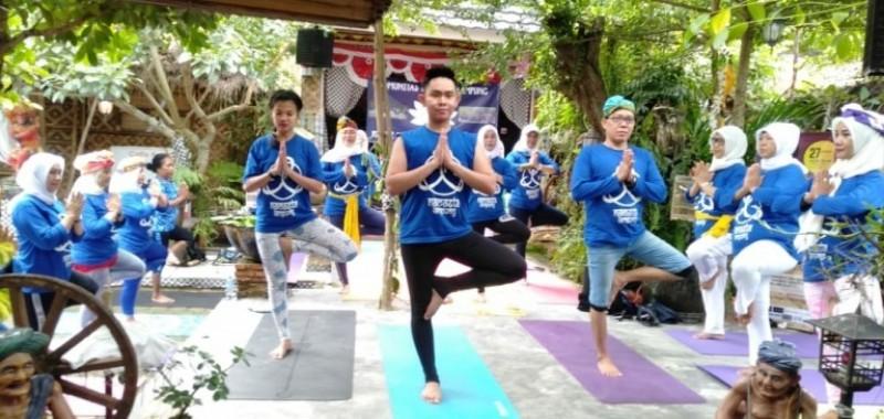 Namaste Lampung Tularkan Kesenangan Beryoga
